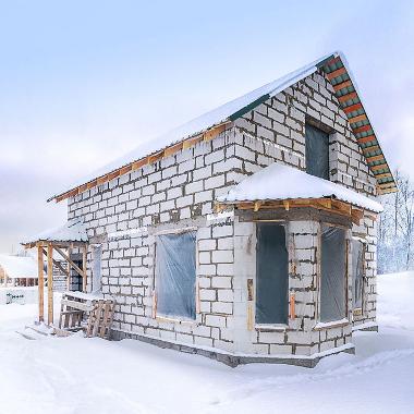 что делать зимой со стройкой